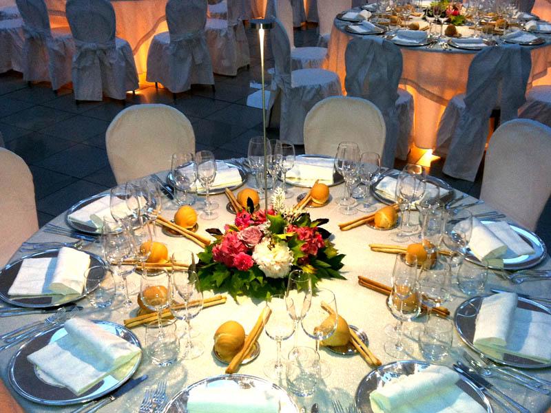 Illuminazione Tavoli Ristorante : Wedding lighting u illuminazione architetturale matrimonio