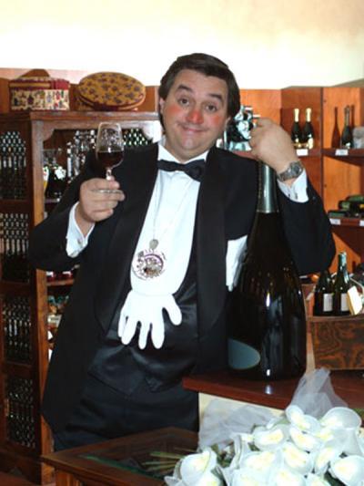 Matrimonio Comico Romano : Finto cameriere comico camerieri pazzi animazione per